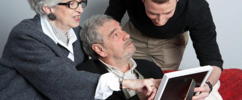 Maladie d'Alzheimer : Pourquoi doit-on continuer à communiquer avec le patient ?