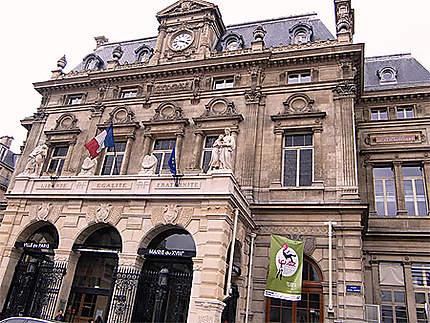 Rencontre à la Mairie du 18e arr. de Paris.