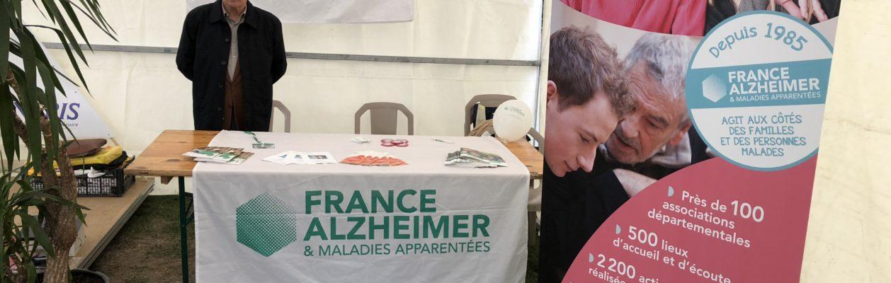 Stand d'information dans la Marne.