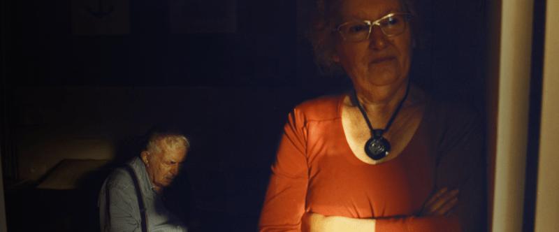 Personnes malades d'Alzheimer et leurs aidants : les oubliés de la crise sanitaire